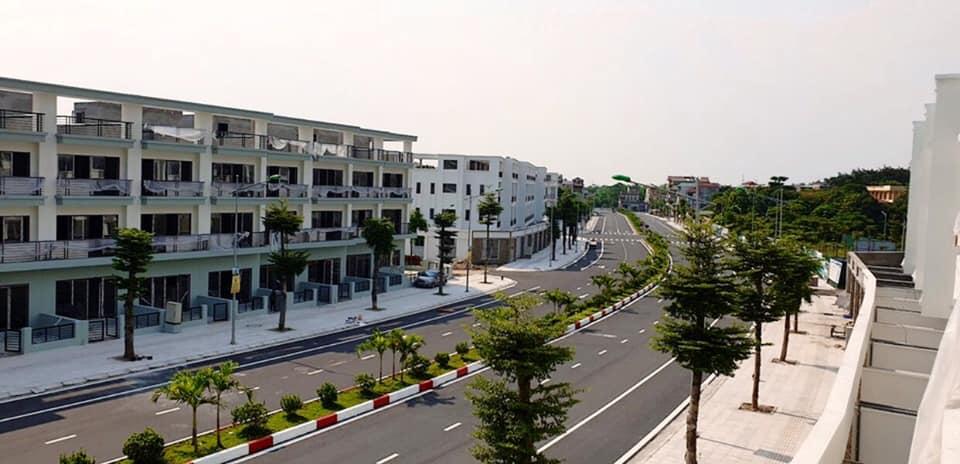 Các căn Shophouse 2 bên chắc chắn sẽ là tuyến phố kinh doanh mới của thị xã Sơn Tây